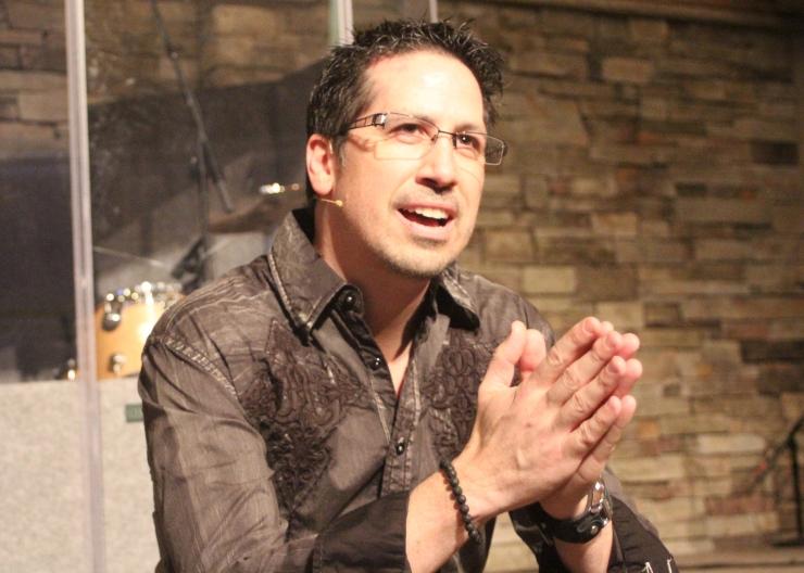 Dr Brooks Sitting Speaking Brown Roar Shirt